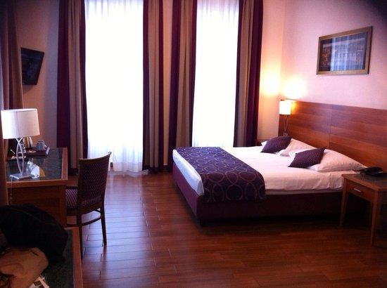 Hotel Galileo Prague: our room