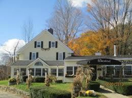 The Homestead Restaurant & Tavern: Homestead Rte 104 Bristol NH
