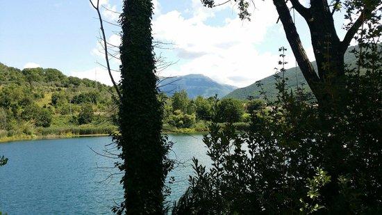 Monte Giano visto dal Lago di Paterno