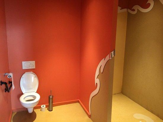 Domaine de Brandois : Salle de bain chambre 41