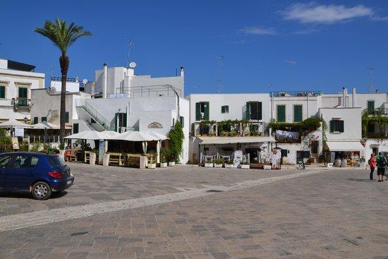 terrazze fiorite - Picture of Centro Storico Otranto, Otranto ...