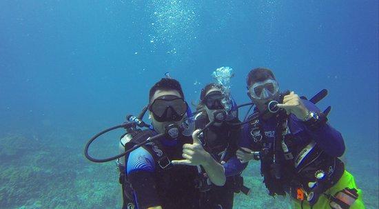 Waikoloa Coast Divers : With our DI Adam
