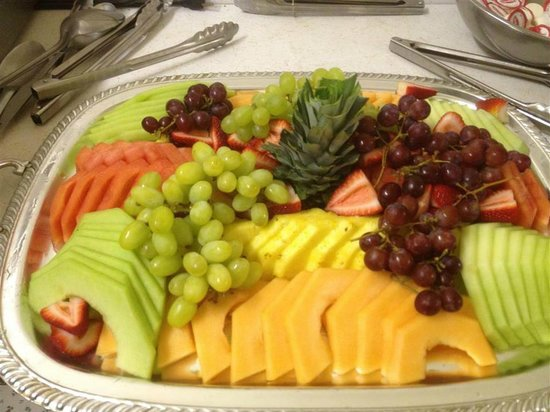 Filberg Lodge Tea House: Yummy Fruit Platter for Special Occasion