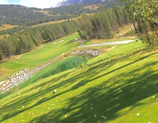 "Silvertip Resort: should be a ""bucket list course"""