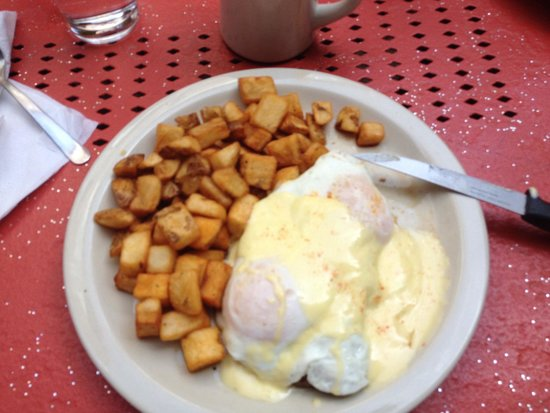 Mayfel's: Wonderful steak and eggs!!!