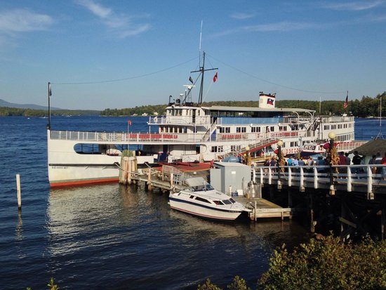 The M/S Mount Washington: Boat ready to depart