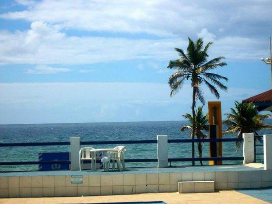 Hotel Alah Mar: Vista para a praia