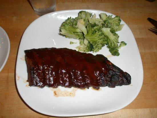 Butcher Block Restaurant : Baby Back ribs