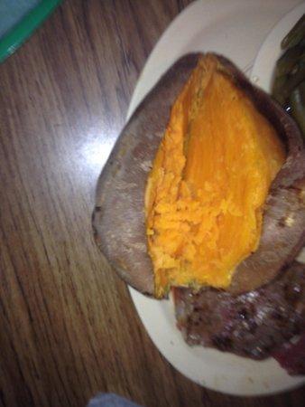 The Pines Restaurant: Giant sweet potato