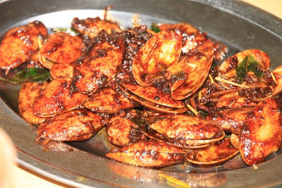 Weng Yin Seafood Village: Spicy Source Clamp