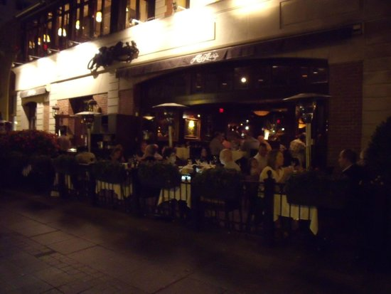 Abe & Louie's: front at night with doors open