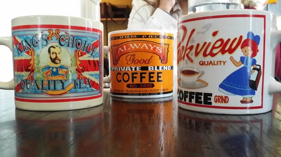 Red's Diner: Cool Coffee Mugs