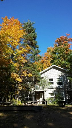 The Lake of Bays Lodge: Hidden Gem