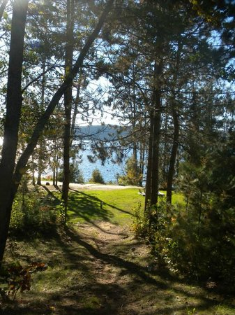The Lake of Bays Lodge: God's Country
