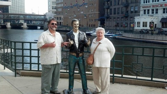 Safe House : Did i mention the Fonz is right outside as well!