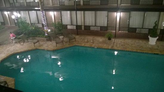 Best Western Plus Westbank: piscina interna