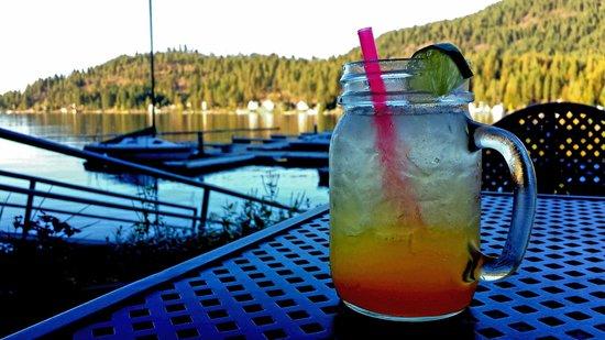 Bottle Bay Resort: mango margarita & deck view