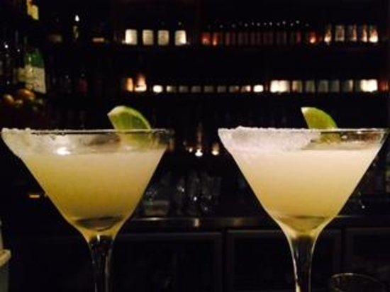 Croydon Lane Wine and Tapas Bar: Cocktail Contraptions