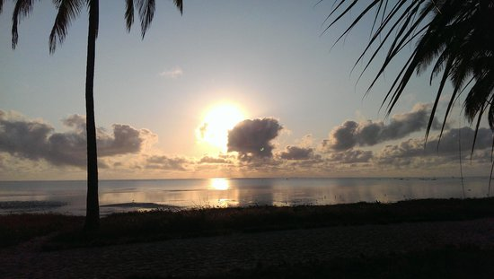 Kilwa Beach Lodge: Sunrise from the door of our room