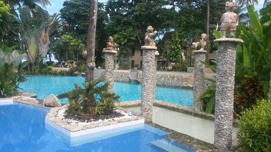 Bhumiyama Beach Resort: Территория отеля