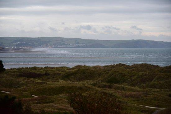 Trefeddian Hotel: Dawn over the estuary