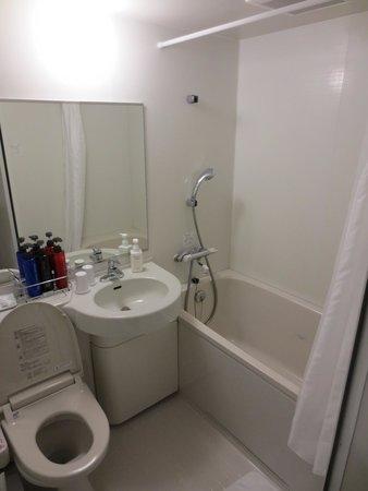 Sotetsu Fresa  Inn Nihombashi Ningyocho: Bathroom