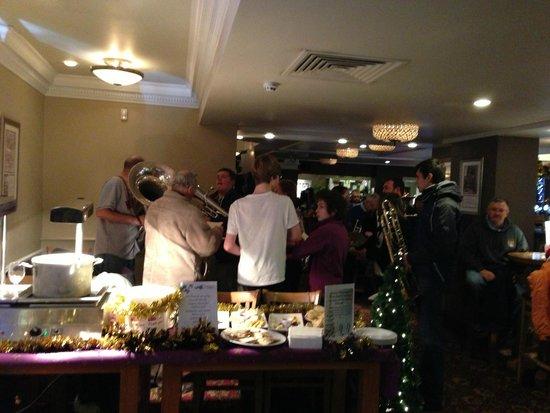The Wye Bridge House: xmas brass band evening