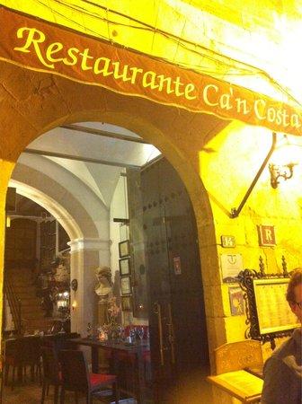 Can Costa Alcudia : Вход