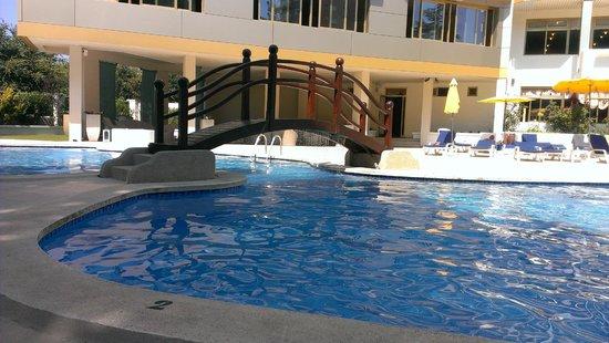 Hotel & Spa Beverly Park: Бассейн