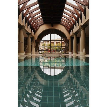 Sante Hotel & Spa : Indoor heated pool