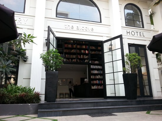 The Alcove Library Hotel : Alcove Front