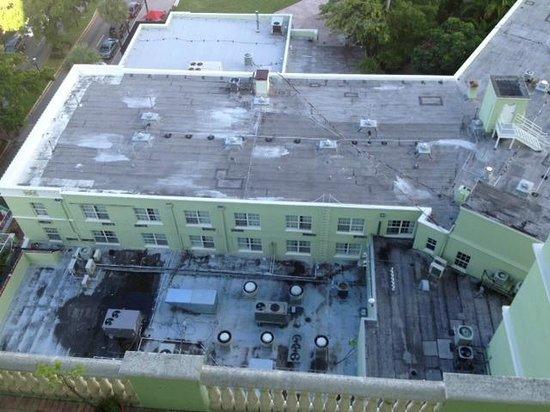 Riverside Hotel : View ffrom Balcony