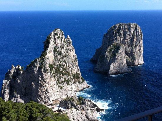 Punta Tragara: Vista faraglioni da Suite Monacone