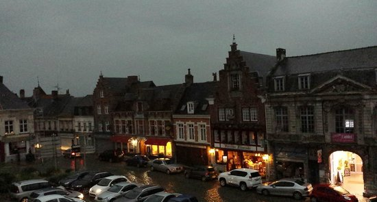 Hotel Restaurant Le Foch: View from our room in a thunderstorm