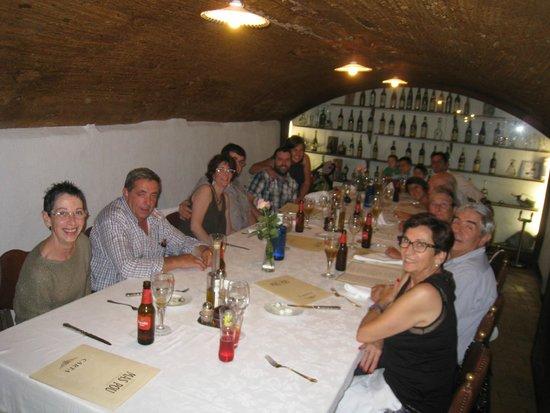 Mas Pou: onze catalaanse familie