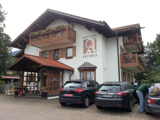Hotel Garni Antonia: отель