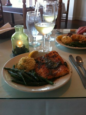 Latitude 28 02: Salmon with Capers