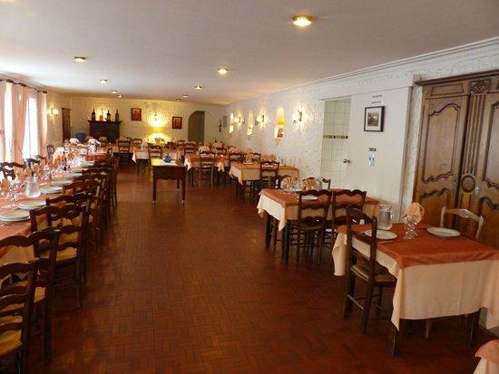 Manechenea: La salle de restaurant