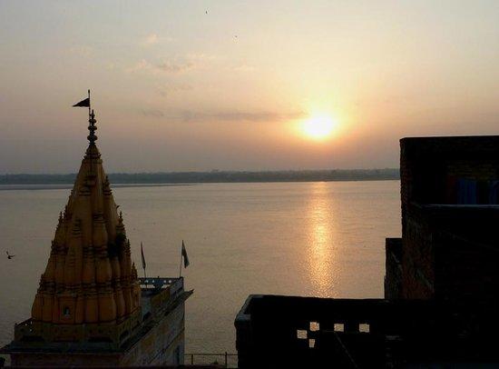 Palace on Ganges: ガンガの日の出