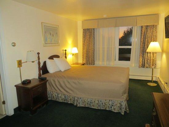 Travelers Inn: Unser (etwas altmodisches) Zimmer