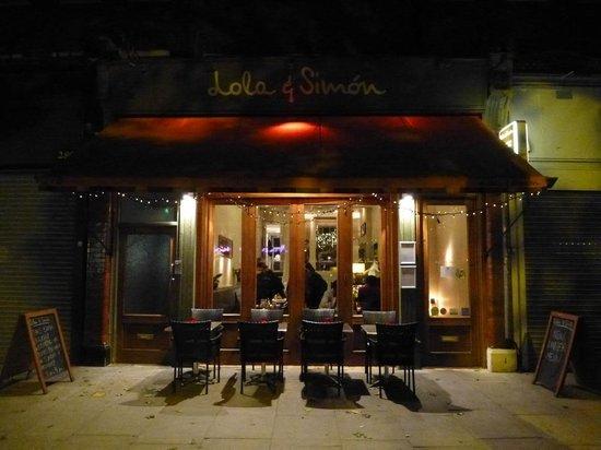 Lola and Simon : Restaurant Frontage