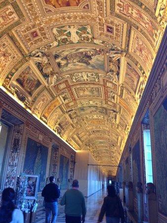 Walks Inside Rome: 5 star Vatican Tour