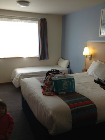 Travelodge Barnstaple Hotel: our Room for 2 Adults One small child