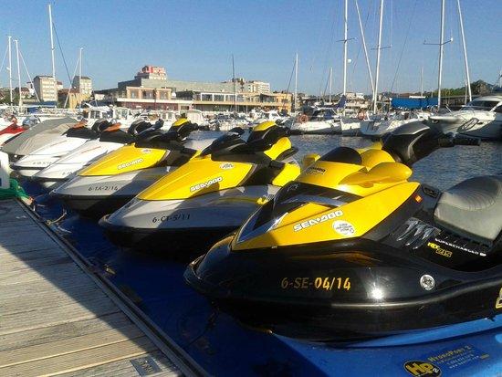 Vilajet alquiler de motos de agua
