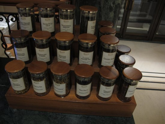 Hotel Adlon Kempinski: impressive selection of tea as well