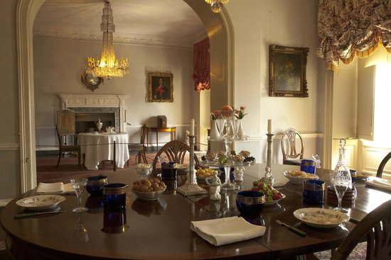 The Georgian House Museum : Dining Room