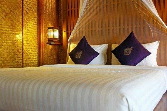 Railay Great View Resort and Spa: кроватища