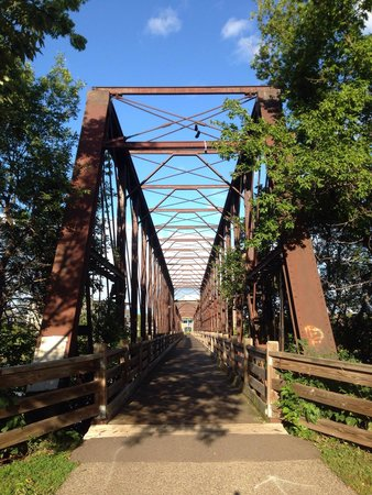 Chippewa River Trail: Original bridge