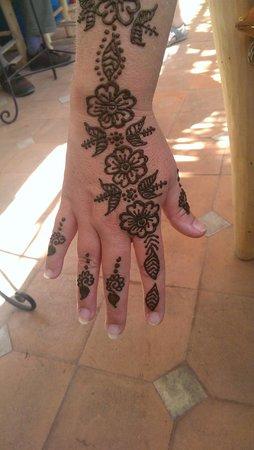 Henna cafe : Henna tattoo