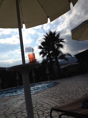 Alcantara Resort : Relax a bordo piscina.